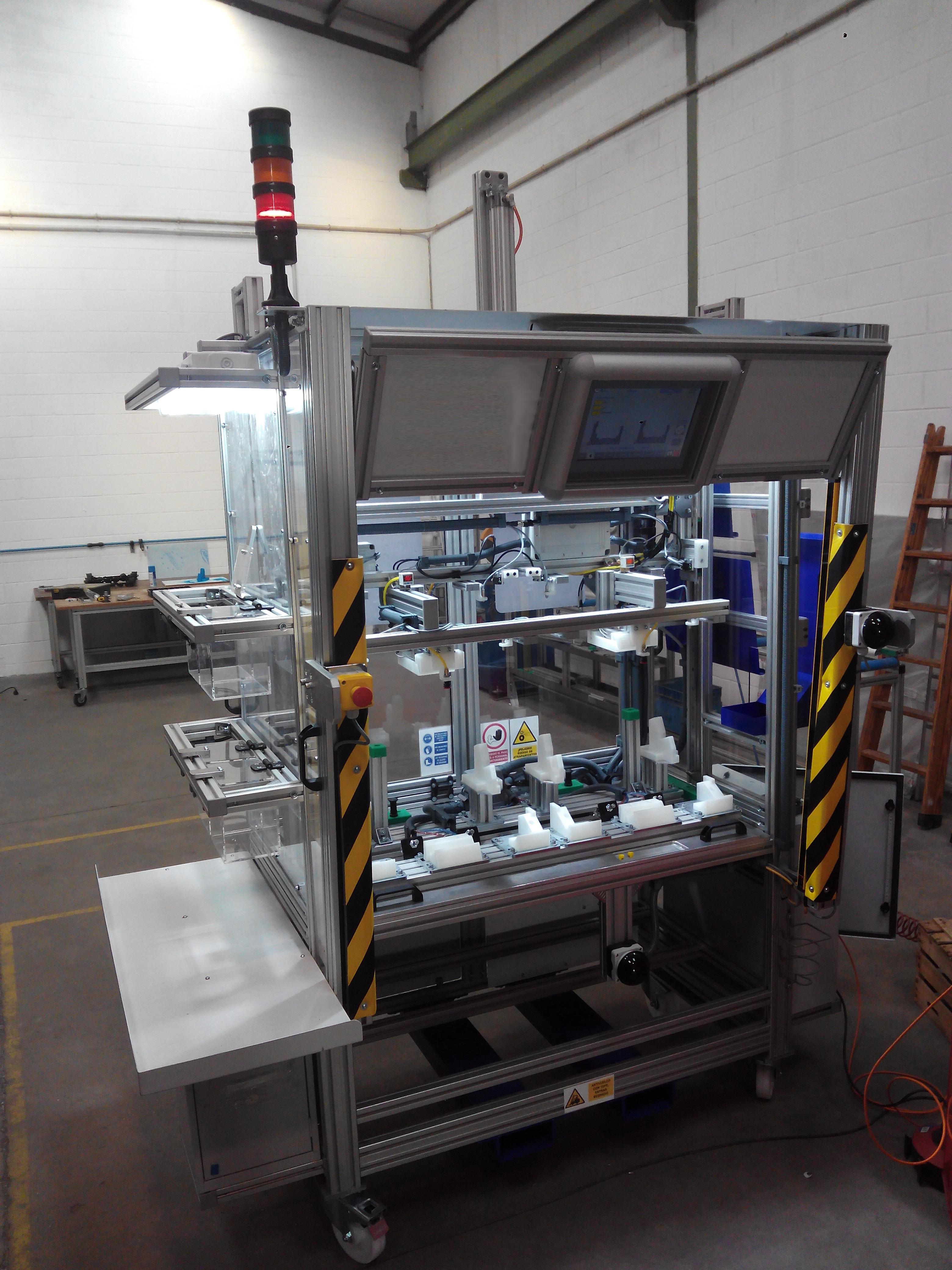 Puestos de trabajo para verificación de piezas de inyección de plástico
